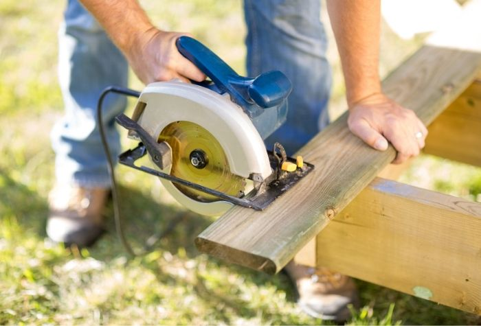 Best Cordless Circular Saws Buyer's Guide